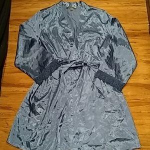 Morgan Taylor blue sleepwear robe